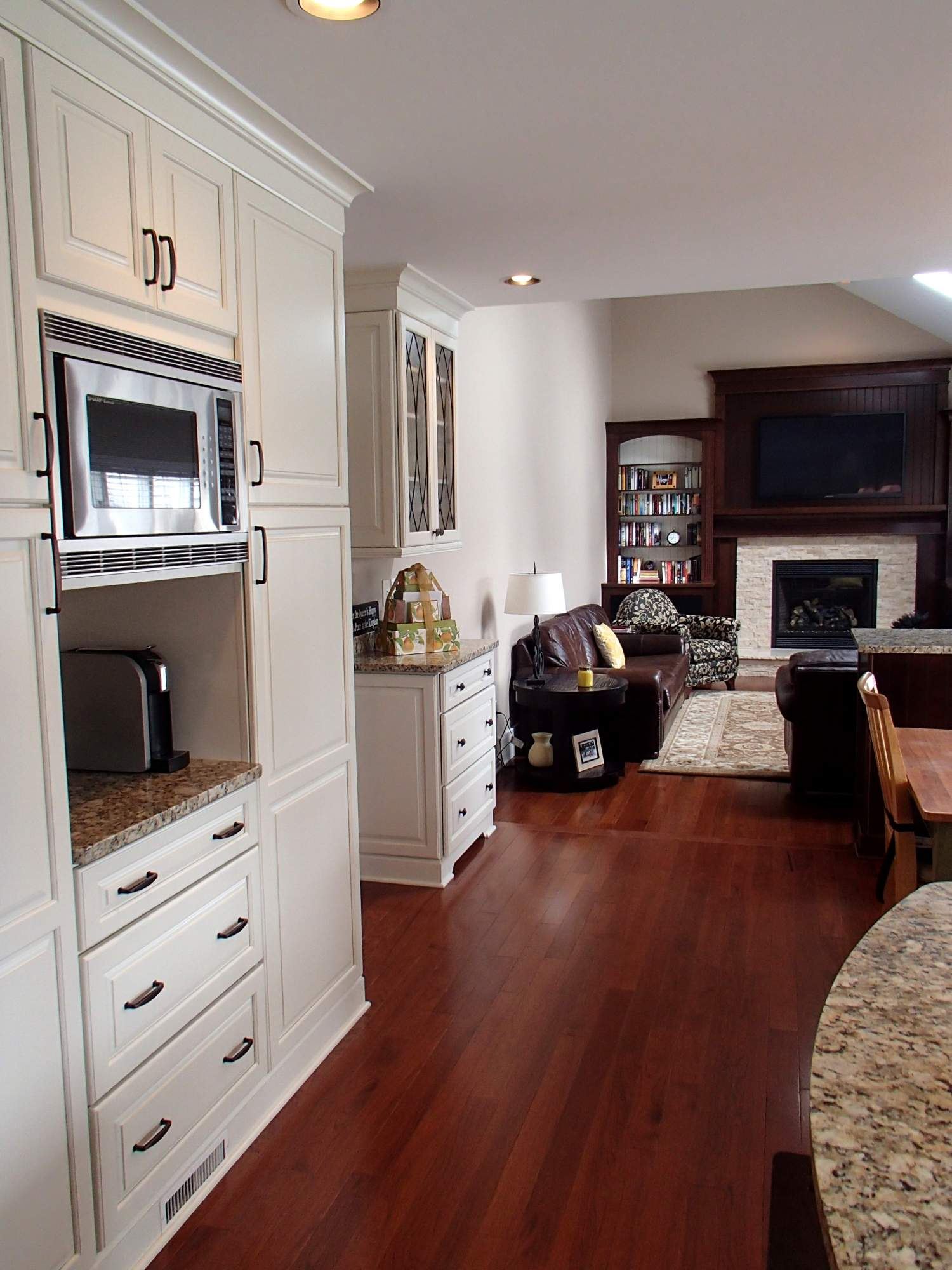 Kitchen Family Room Designs: Traditional Kitchen & Family Room > Kitchens > Projects