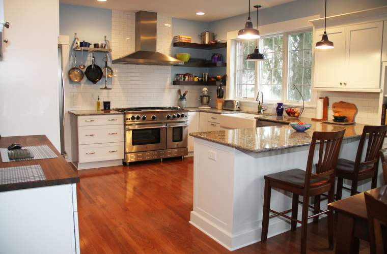 Bright & Casual Family Kitchen